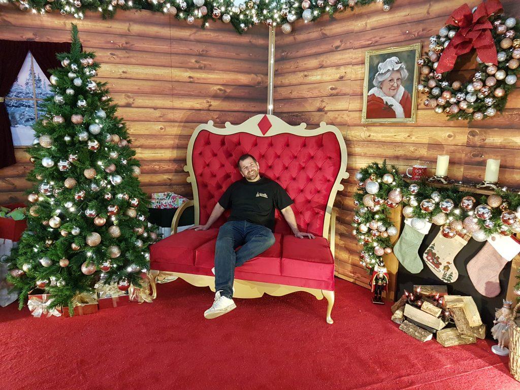 Surrey - The Christmas Decorators