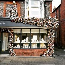bauble decorations shop
